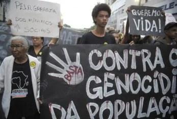 Movimentos negros realizam protesto no dia 10/11 contra morte de cinco jovens em São Paulo (SP)