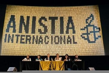 """Debate """"Mulheres negras na resistência e mobilização por direitos humanos"""" lota cine Odeon, RJ"""
