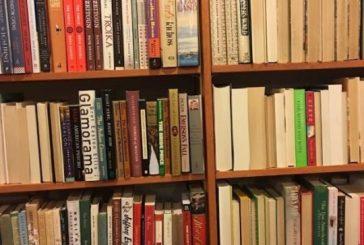 Esta livraria conseguiu mostrar a desigualdade de gênero na literatura só reorganizando suas prateleiras