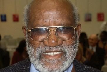 Morre herói da independência da Namíbia e companheiro de prisão de Mandela