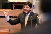 Lei contra homofobia é repudiada por bancada evangélica da CLDF