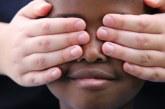 'Banho de cândida' e pregador para afinar o nariz: quando o racismo está dentro de casa