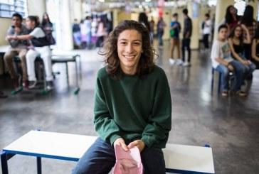 """Estudantes de classe média vão à escola pública por economia e para sair da """"bolha"""" social"""