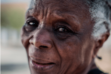 """""""Na escola, seguimos escravos"""" diz a professora Diva Guimarães"""