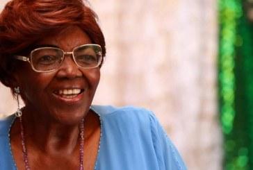 Sambista Dona Ivone Lara continua internada em CTI