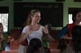 """Brie Larson é acusada de preconceito por viver """"salvadora branca"""" em filme"""