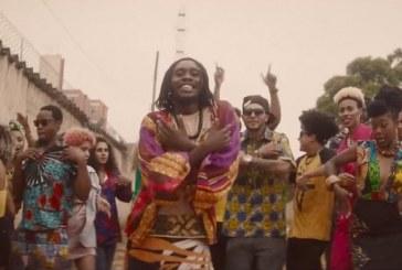 """Dono do melhor disco do ano, Rincon Sapiência lança a sensacional """"Afro Rep""""; assista"""