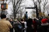 Nova York retira estátua de médico que operava escravas sem anestesia
