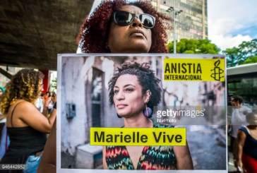 Bancada religiosa resiste em votar projeto de Marielle contra homofobia