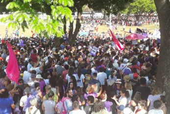 Brasília: Manifestantes contra Bolsonaro tomam Eixo Monumental