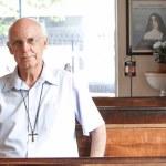 Nota de repúdio: Padre Júlio Lancellotti é agredido pela GCM