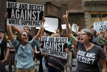 Aumentam em 17% crimes racistas, antissemitas e homofóbicos nos EUA