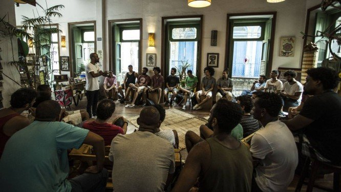 Violência contra mulher: Curso aborda questões relativas à masculinidade e ao papel do homem perante a sociedade