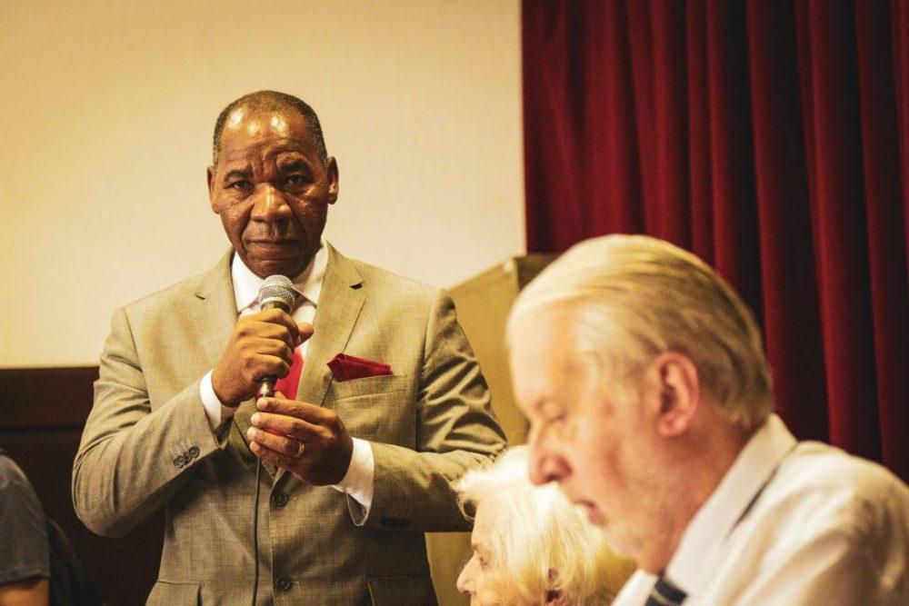 José Vicente, advogado e sociólogo, fala durante ato de lançamento da Comissão Arns.