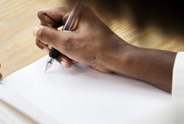 A criação literária como forma de resistência de mulheres negras