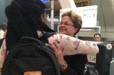 """""""O que mais eles querem?"""": Djamila Ribeiro conta como protegeu Dilma de agressão em aeroporto"""
