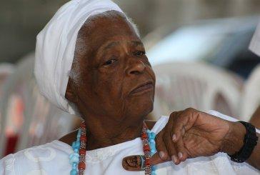 Mãe Stella será homenageada na Academia de Letras da Bahia