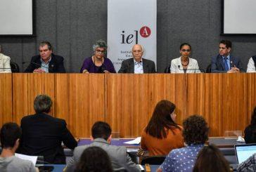 Uma inédita frente de ex-ministros do Meio Ambiente contra o desmonte de Bolsonaro