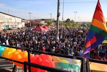 LGBTinga: 2ª edição da parada LGBT+ na Restinga recebe cerca de 3 mil pessoas
