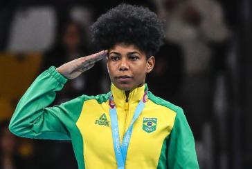 Medalhista, Jucielen Romeu, do boxe é proibida de falar sobre racismo e empoderamento
