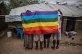 Uganda desiste de aplicar pena de morte para homossexuais