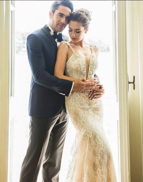 Neslihan Atagül, düğününde nasıl bir gelinlik giydi? - Gelinlik.co