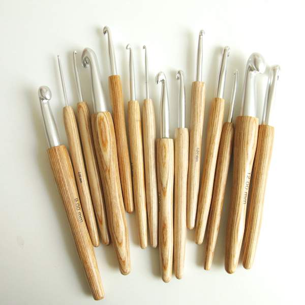 Haekelnadelna aus Holz von KnitPro