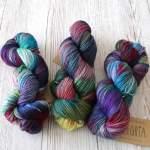 Manos del Uruguay Alegria – weiche Sockenwolle in wunderschönen Handfärbungen