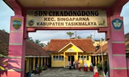 Hanya 7 Orang Siswa Mendaftar di SDN Cikadongdong, Eti: Menyesalkan Peran Kepdes