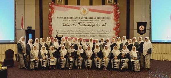 Seminar Kebidanan dan Pelantikan Bidan Delima Warnai HUT IBI Kab. Tasikmalaya Ke-68