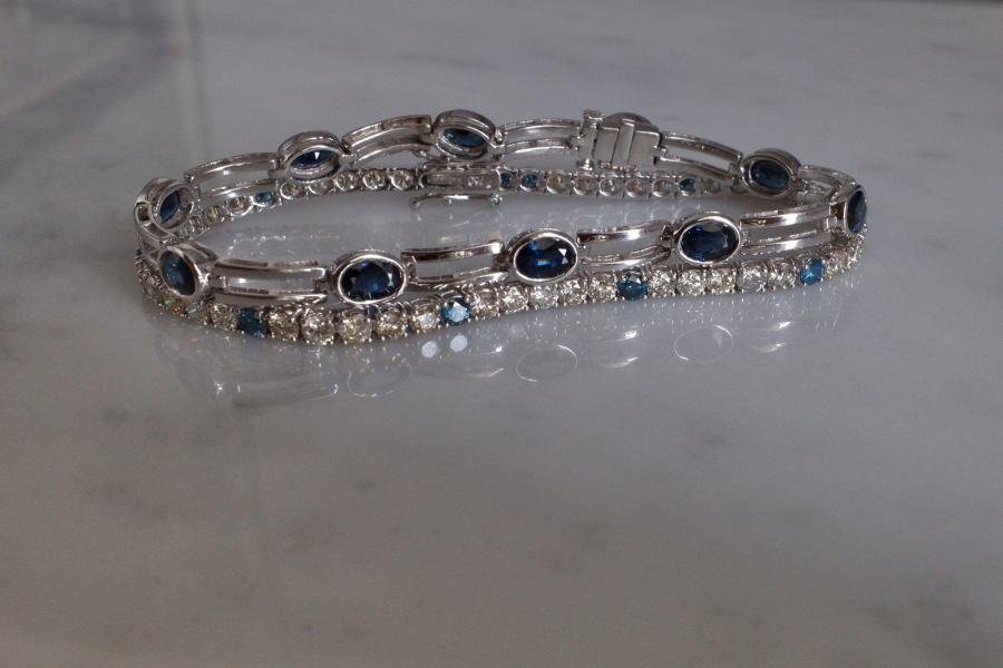 Gem Gardener, blue and white diamond tennis bracelet, blue diamond bracelet, diamond tennis bracelet singapore, diamond tennis bracelet 5 carat, diamond tennis bracelet 18k white gold