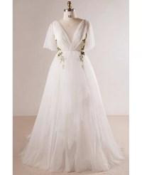 Plus Size Flowing Long Tulle Flowers Beach Wedding Dress ...
