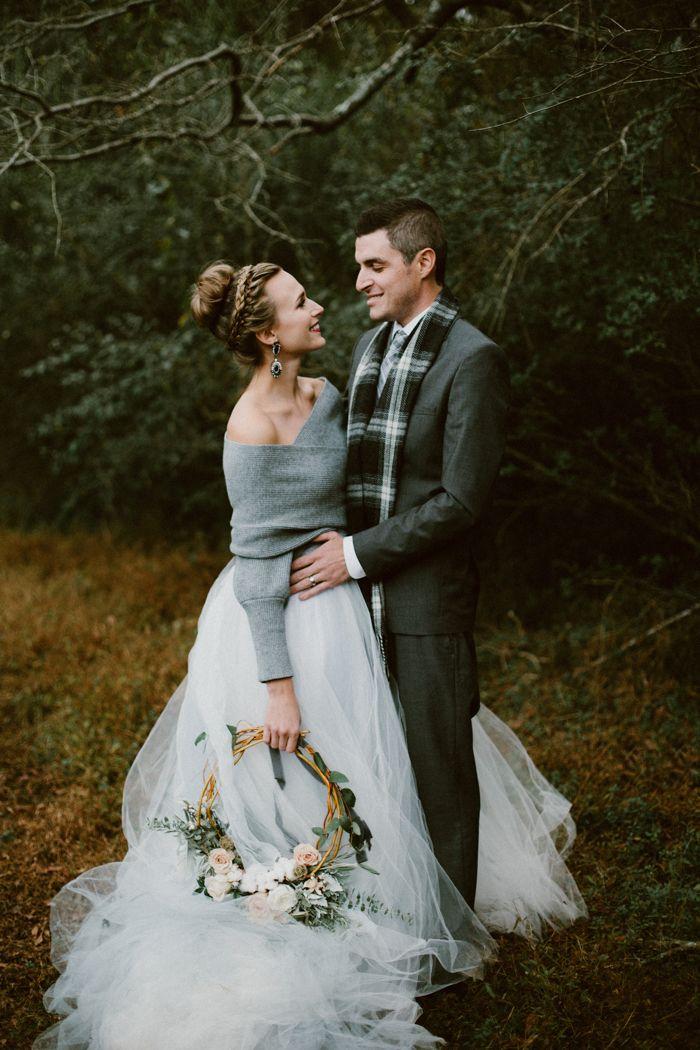 Dress Attend Winter Wedding