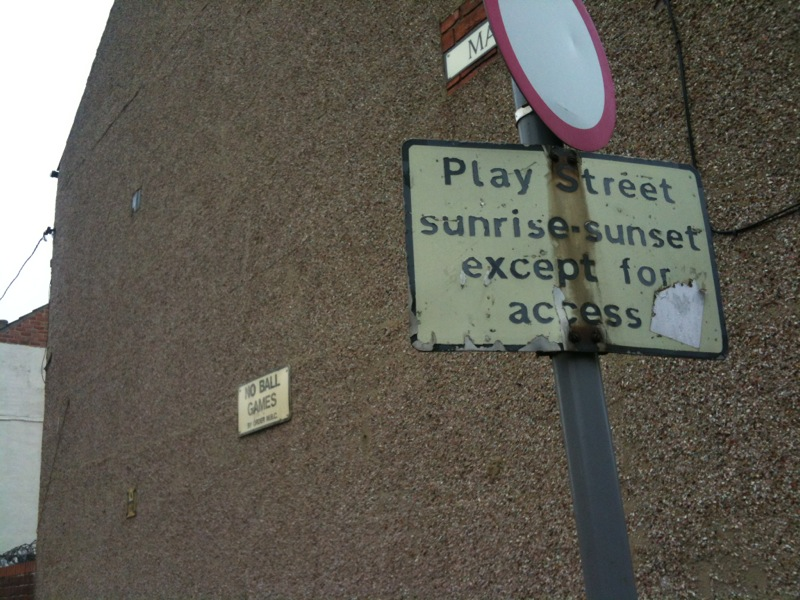 Beautiful Middlesbrough. Instructions to play in public spaces
