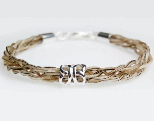 Solace horse hair bracelet butterfly bead