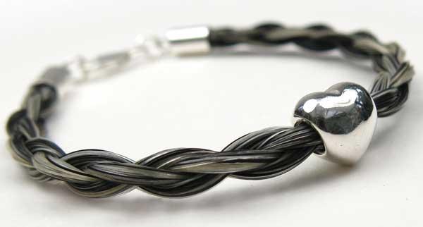 Gemosi-Amor-horse-hair-bracelet