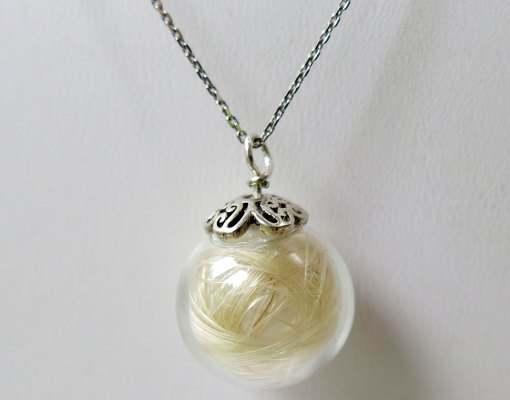 Gemosi-Moon-Necklace
