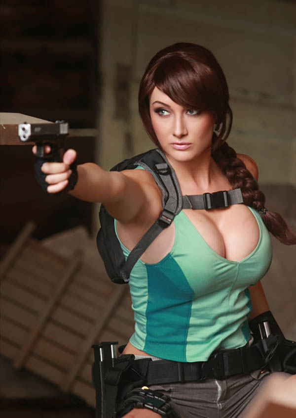 Cosplay-Lara-Croft-3