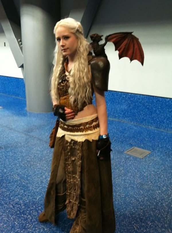 cosplay-Khaleesi-11