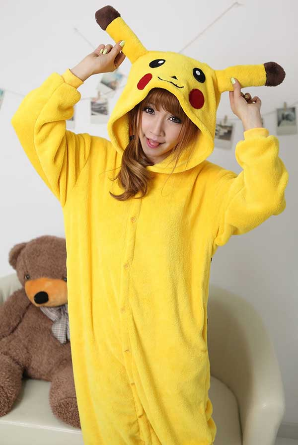 Cosplay-Pikachu-36