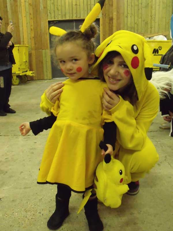 Cosplay-Pikachu-41