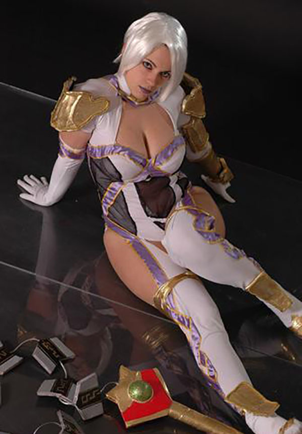 Cosplay-Ivy-31