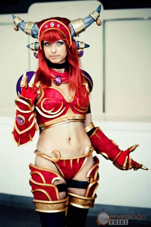 Cosplay-Alexstrasza-Wow-10