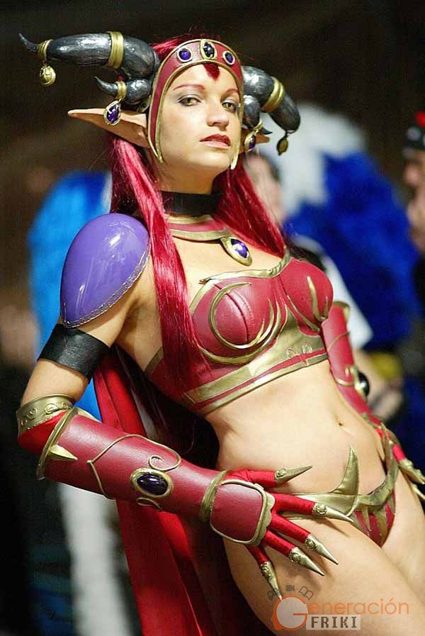 Cosplay-Alexstrasza-Wow-13