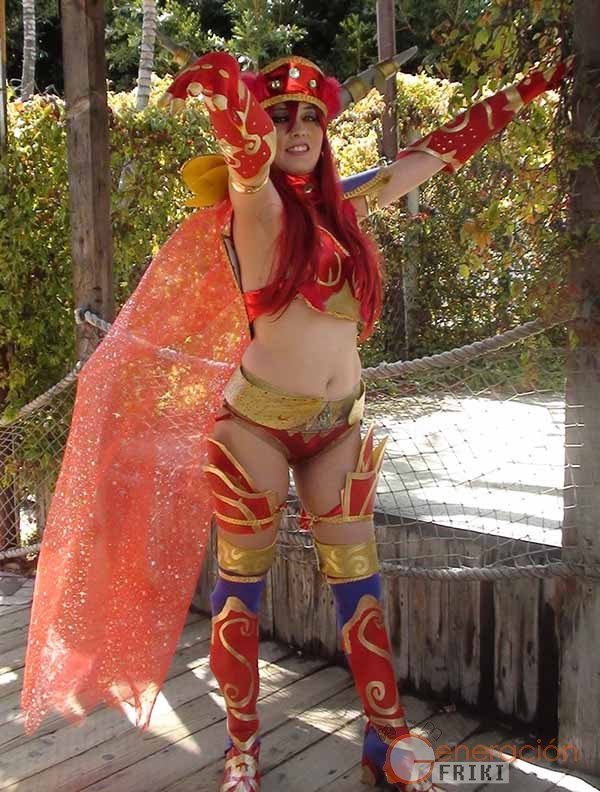 Cosplay-Alexstrasza-Wow-16