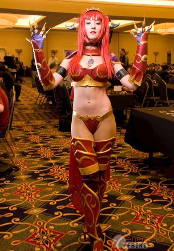 Cosplay-Alexstrasza-Wow-21