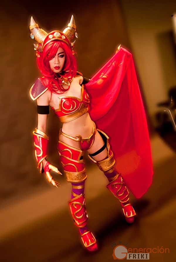 Cosplay-Alexstrasza-Wow-35