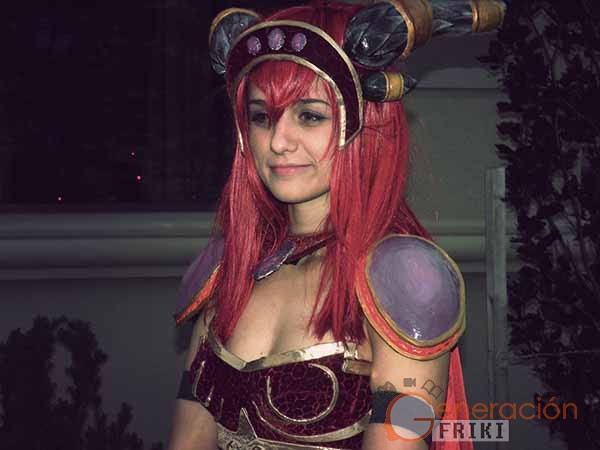 Cosplay-Alexstrasza-Wow-38