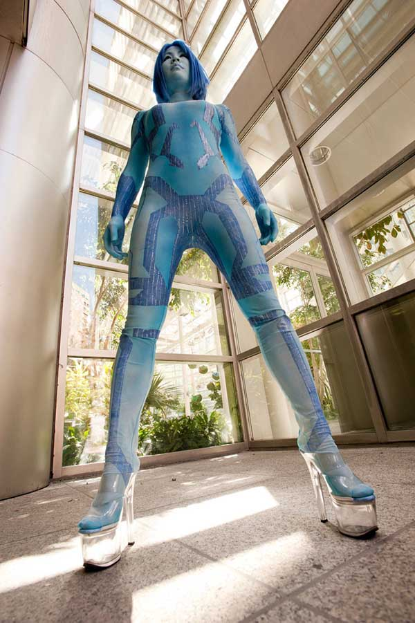 Cosplay-Cortana-Halo-9