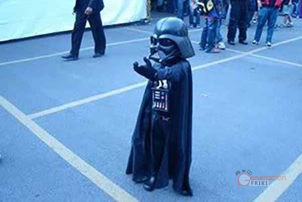 104-Niño-Darth-Vader